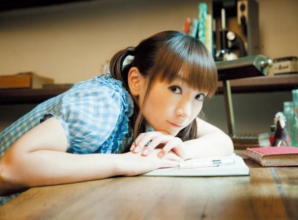 """Yui Horie Announces New Single """"Natsu no Yakusoku"""""""