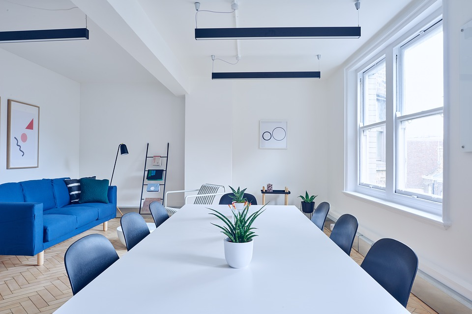 A conference room for Marine Park movers to relocate.