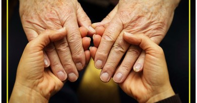 Faculdade abre curso de cuidadores de idosos