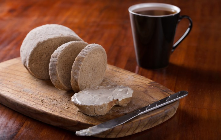 gauteng-food-photographer-business-food-photograph-restaurant-food-photograph-food-photography-session-rye-bread-slice-with-cottage-cheese-and-coffee