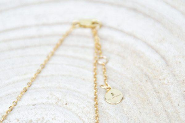 fermoir du collier White Tears en argent 925 plaqué or avec perle d'eau douce blanche