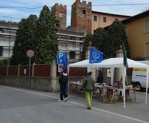 """Stand della STI ai """"Bastioni di Gondolin"""" a Vicopisano"""