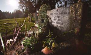 La tomba di Edith Bratt e JRR Tolkien