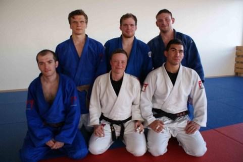 Hluti judo landsliðsins á æfingu í kvöld