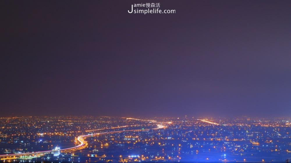 礁溪百萬夜景餐廳!「空ㄟ農場」眺望蘭陽平原、龜山島璀璨之美