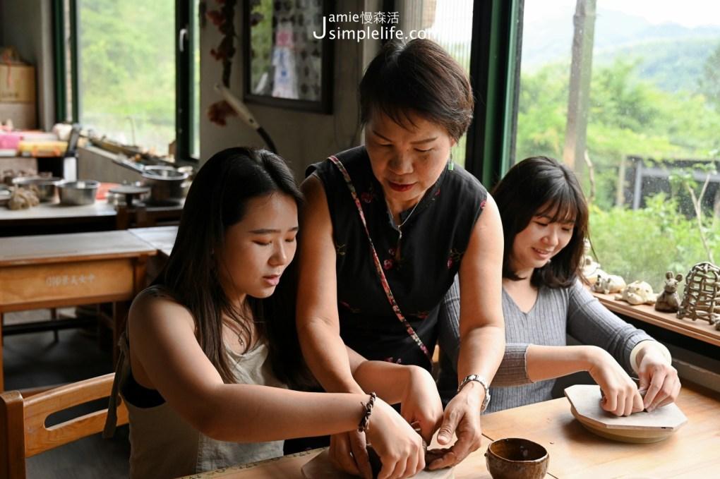 苗栗南庄花園喝咖啡也體驗手作 燕子陶陶藝咖啡民宿