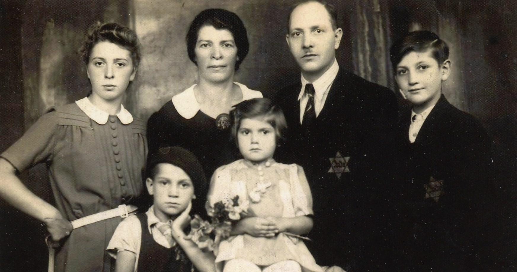 Seeking Kin Photo Brings Desperate Hope For A Holocaust