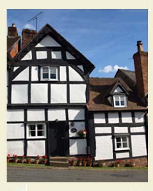 Market Pitch, Weobley Postcard Closeup - Ref L07