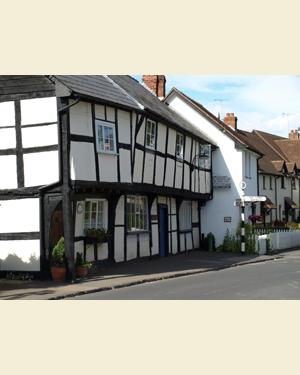 St Columba's Cottage, Weobley Postcard Front - Ref L08