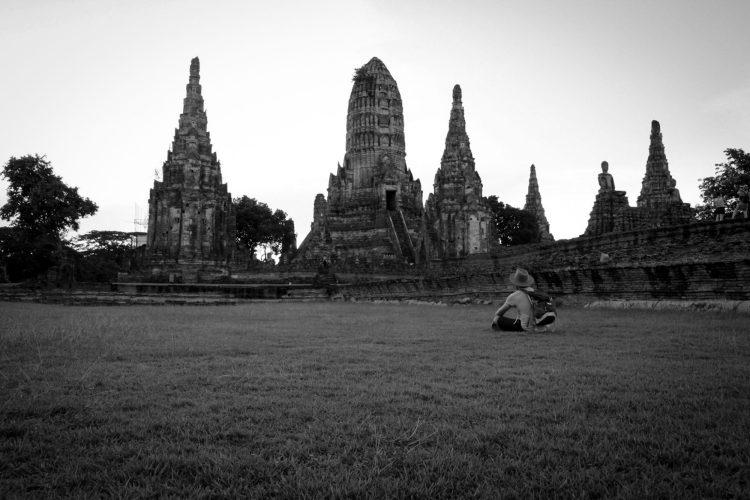 Coucher de soleil sur le temple Wat