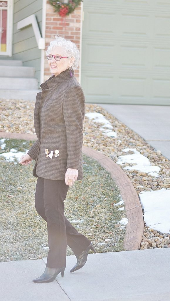 Wearing brooches for Women over 50.