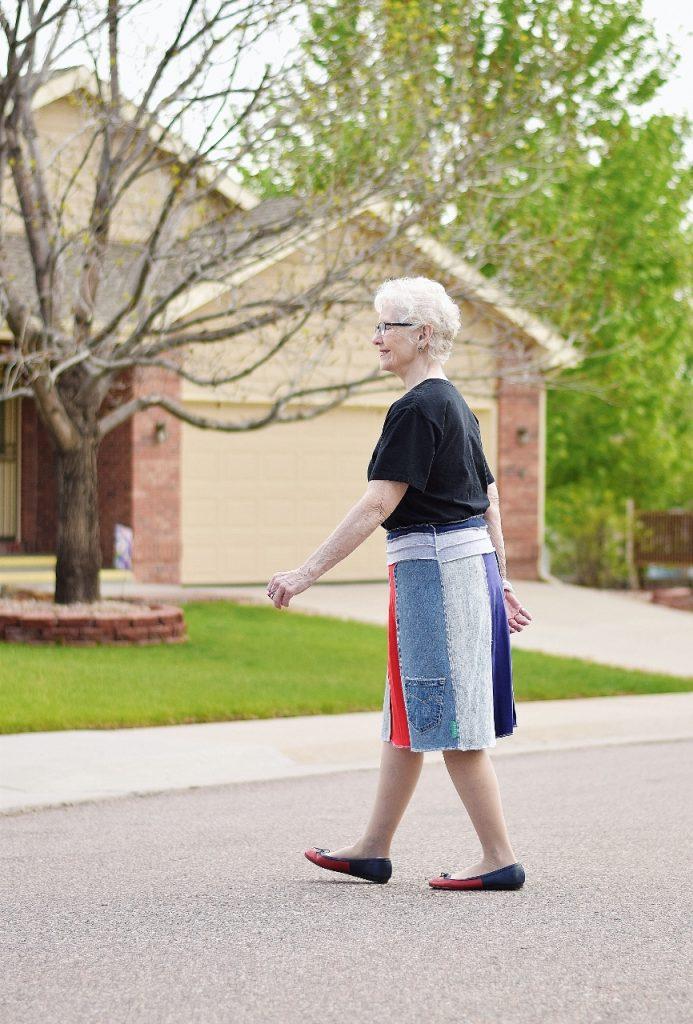 Women over 70 Dressing up a t-shirt
