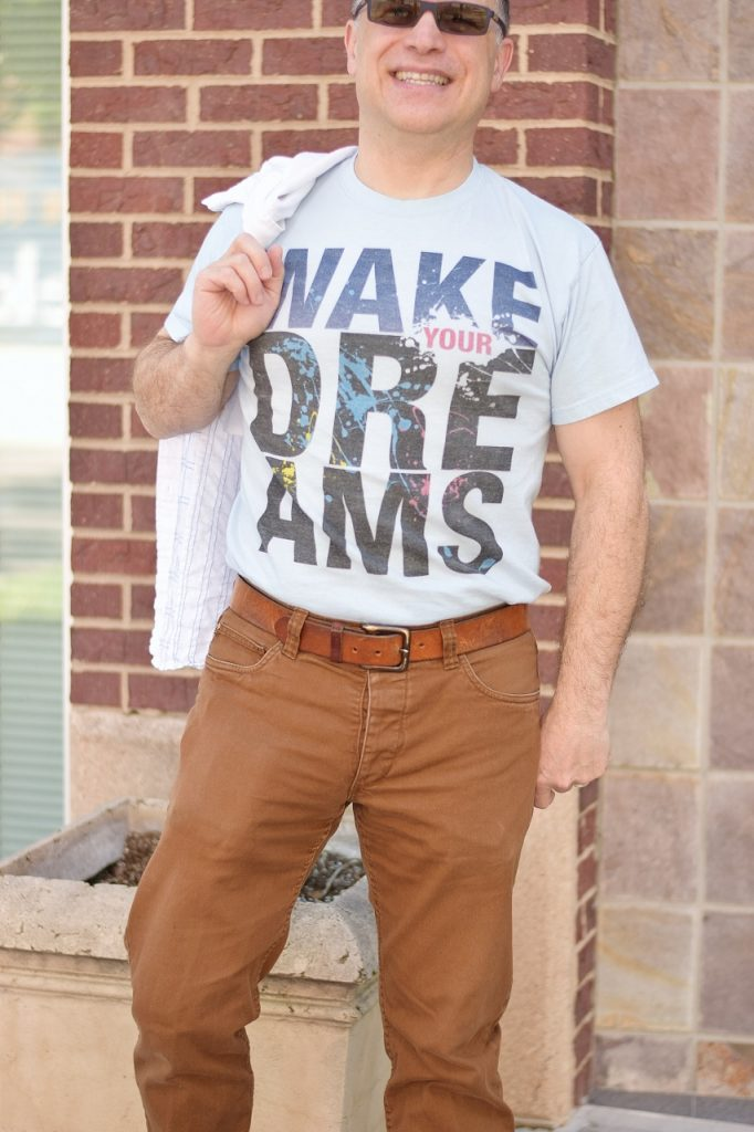 What your graphic tee says about you in mens fashion