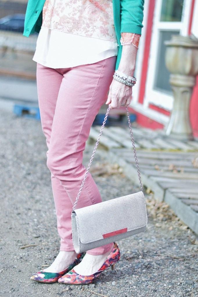 Pink and Green looks for women 50+