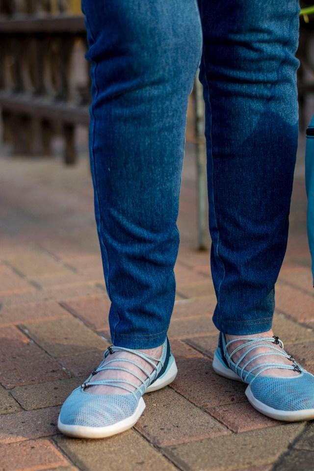 Jambu sneakers