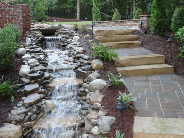 landscaping raleigh lawn care