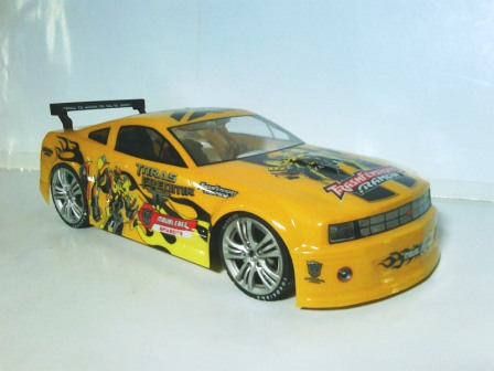 RC Drift Sekala 1:10 - Model Chevrolet Cammaro SS Competition.