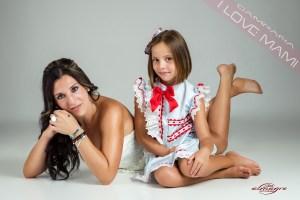 Pertenece a la promoción de I LOVE MAMI, Madres con hijos realizada por el Fotógrafo Juan Almagro