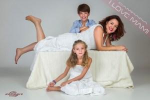 Fotografia perteneciente al la promocion, Mamás con hijos de Juan Almagro, Fotografo de Bodas en Jaén I LOVE MAMI