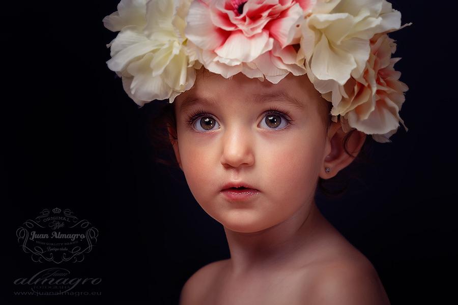 Fotografia infantil de verano, sesiones de fotos en estudio por Juan Almagro Fotografos para Jaén y provincia
