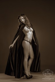 Paula-chamorro-sesion-fotografia-artistica-boudoir-lenceria-juan-almagro-fotografos-jaen-10-bn