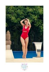 yulia-banador-piscina-sexy-girl-rojo-juan-almagro-fotografos-12