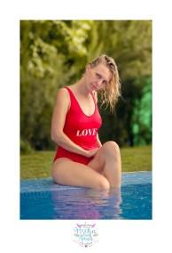 yulia-banador-piscina-sexy-girl-rojo-juan-almagro-fotografos-5