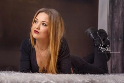 Noelia_sesion-fotos-estudio-elegantes-juan-almagro-fotografos-23