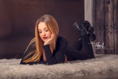 Noelia_sesion-fotos-estudio-elegantes-juan-almagro-fotografos-24