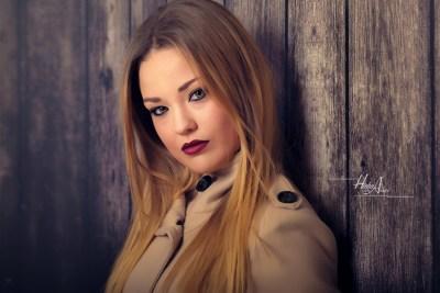 Noelia_sesion-fotos-estudio-elegantes-juan-almagro-fotografos-35
