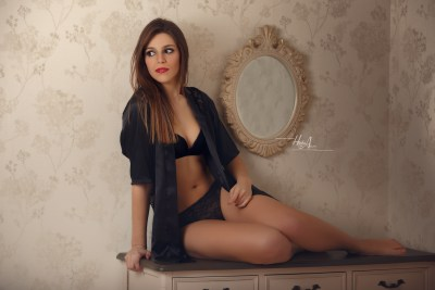 Celia_Mora_sesion-estudio-hecho-con-amor-juan-almagro-fotografos-jaen-24