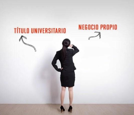 negocio o títulos universitarios