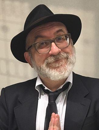 escritor Sandrone Dazieri
