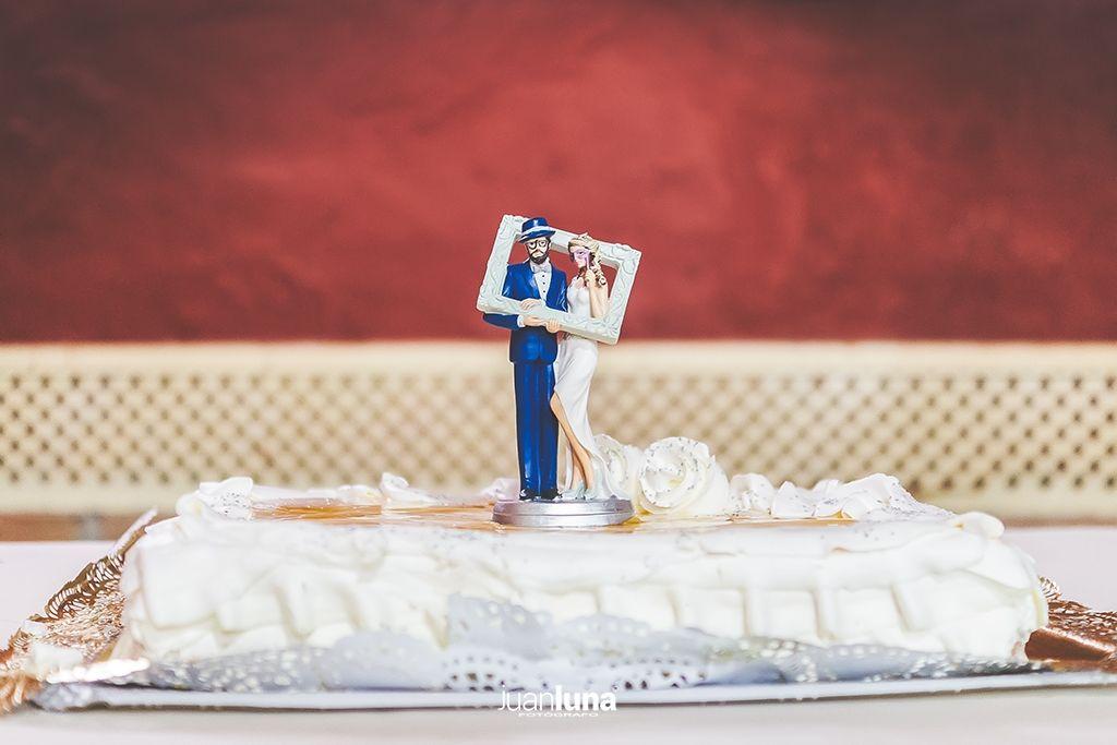 Tarta de Bodas. Pandemic Wedding - El Reportaje de Bodas de Mercedes & Juan