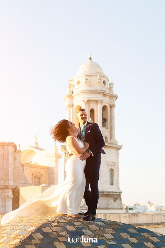 Fotografía de boda en Cádiz. Fotógrafo para Bodas. Reportaje de Pre boda en Conil. Las mejores fotos de Boda.