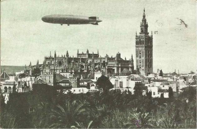 Zeppeling sobre La Giralda. Pilota Sampaoli.