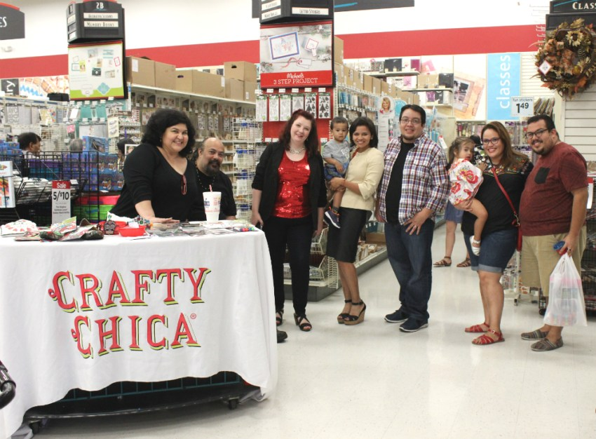The #CraftyChicaTour hits Texas