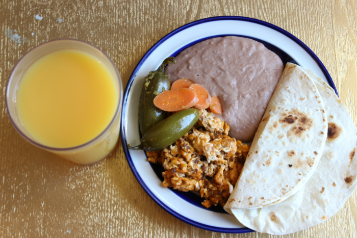 Huevos con Chorizo for the Holidays - #VivaLaMorena #ad