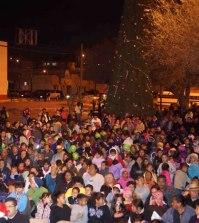 Zaragoza Listo Para Tradicional Encendido del Arbolito de Navidad