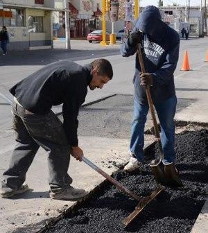 Avenidas Principales son Atendidas con Programa de Bacheo