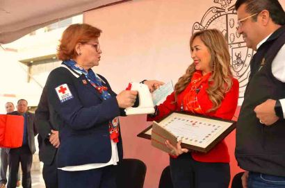 Familia Cabada Cruz Roja 2