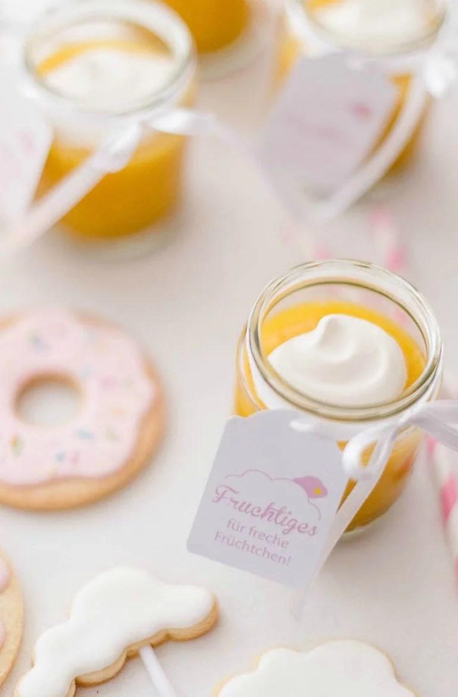 Der 1. Geburtstag in Zuckerlrosa und Zitronengelb