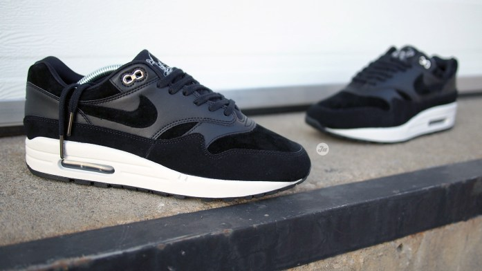 "[Review w/ on-feet video] The streak continues with Nike Air Max 1 Premium ""Black Rebel"" of the Skulls Pack"