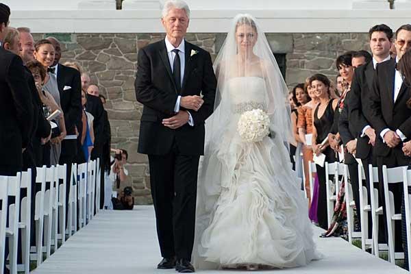 Chelsea Clinton Weds Longtime Boyfriend