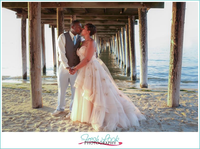 Beach Vow Renewal Ceremony: Erica+Ron - JudithsFreshLook.com