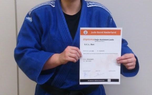 Sandra heeft haar diploma Dojo Assistent behaald!