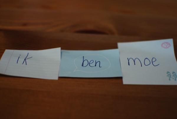 Woorden schrijven op de sticky notes