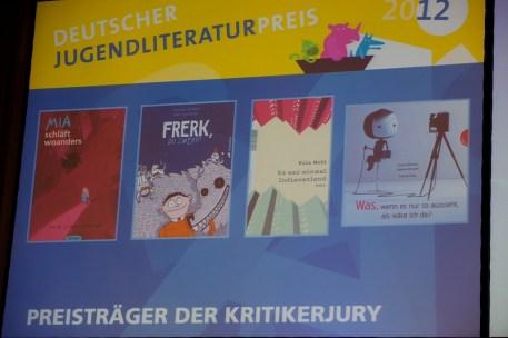 Die Preisbücher der Kritikerjury im Überblick // Foto: Ulf Cronenberg, Würzburg