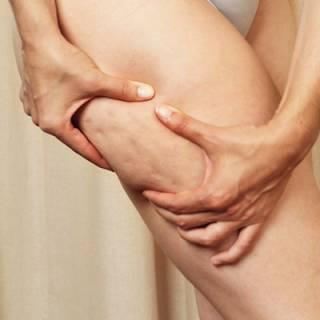 Jugo de Piña, Durazno, Fresa y Manzana para Combatir la Celulitis