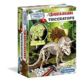 arqueojugando triceratops